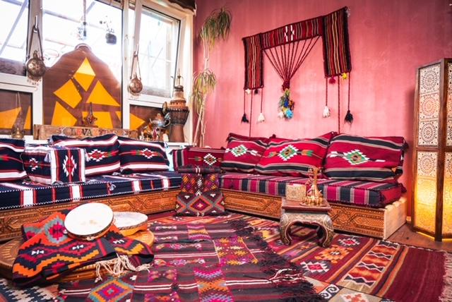 Levantine House, The Market of Curiosities